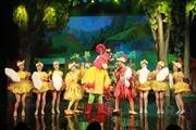 Nhà hát Tuổi trẻ mở đầu tháng dành cho thiếu nhi bằng đêm diễn ấn tượng 'Ngày hội của bé'