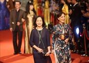 Dàn nghệ sỹ, diễn viên quy tụ trên thảm đỏ Liên hoan Phim Quốc tế Hà Nội lần thứ V