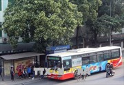 Tạo cú hích cho xe buýt ở Hà Nội – Bài 1: Để đáp ứng tốt hơn nhu cầu đi lại của người dân