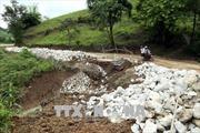 Điện Biên: Sạt lở núi làm Quốc lộ 4H tê liệt gần 30 giờ