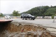 Sạt lở lớn trên đường tránh cao tốc Nội Bài - Lào Cai