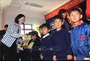 Đồng chí Trương Thị Mai thăm, tặng quà Tết tại Lâm Đồng