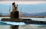 Iran trình làng tàu ngầm trang bị tên lửa hành trìnhsiêu tối tân
