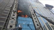 Nhiều người bị thương trong vụ cháy chung cư 22 tầng