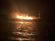 Toàn bộ 9 ngư dân được cứu sống trong vụ cháy tàu cá trên vùng biển Quảng Trị