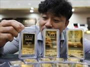 Giá vàng thế giới đi lên tuần thứ ba liên tiếp