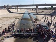 Mỹ gia hạn quy chế bảo hộ tạm thời cho 190.000 người nhập cư El Salvador