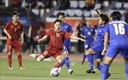 SEA Games 30: Hiệp 1 bất phân thắng bại giữa Đội tuyển nữ Việt Nam và Thái Lan