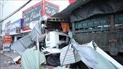 Xe container chở phế liệu gây tai nạn liên hoàn, tông vào 4 nhà dân