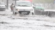 Mưa lớn đầu giờ chiều gây ngập nhẹ nhiều khu vực TP Hồ Chí Minh