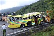 Khởi tố lái xe chở 22 sinh viên rơi xuống vực ở đèo Hải Vân
