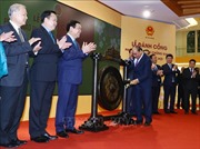 Thủ tướng đánh cồng khai trương phiên giao dịch chứng khoán đầu Xuân Kỷ Hợi 2019