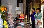 Dâng hương tưởng niệm 110 năm ngày mất nhà thơ Nguyễn Khuyến