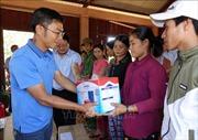 Lắp đặt hệ thống điện mặt trời miễn phí cho đồng bào Hre, tỉnh Quảng Ngãi