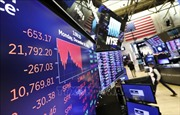 Căng thẳng Mỹ - Trung leo thang, chứng khoán toàn cầu sụt giảm