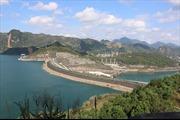 Nước hồ thủy điện Hòa Bình ở mức thấp nhất từ trước đến nay