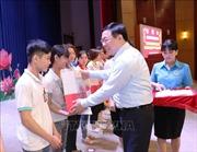 Trao quà Tết cho công nhân lao động, gia đình chính sách, hộ nghèo Tây Ninh