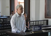 Giảm án cho 4 bị cáo trong vụ tham ô tài sản ở Tòa án nhân dân tỉnh Phú Yên