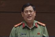 Hai đại biểu Nguyễn Hữu Cầu và Lưu Bình Nhưỡng tranh luận về con số sai phạm của cơ quan điều tra