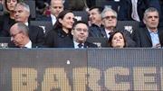 Ban lãnh đạo Barcelona khủng hoảng, Camp Nou 'dậy sóng'