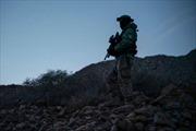 Nhóm dân quân tình nguyện gác biên giới Mỹ-Mexico đến ngày xây xong tường ngăn