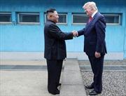 Tổng thống Trump bất ngờ vì Chủ tịch Triều Tiên nhận lời gặp tại DMZ sau 10 phút đăng Twitter