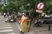 Hình nộm cảnh sát giao thông trên đường phố gây tranh cãi tại Ấn Độ
