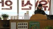 Không cần thành tựu, giới trẻ Hàn Quốc tìm đến 'làng không muộn phiền'