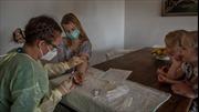 Đức xét nghiệm ngẫu nhiên tìm kháng thể chống virus SARS-CoV-2