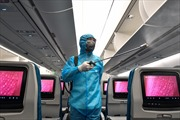 Vietnam Airlines hạn chế bay nội địa và trang bị bảo hộ y tế đặc chủng cho tổ bay