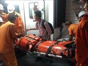 Cấp cứu thuyền viên gặp nạn tại vùng biển phía Nam vịnh Bắc Bộ