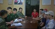 Quảng Bình: Tiếp nhận 6 ngư dân gặp nạn đưa vào bờ an toàn