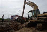 Nổ lớn tại công trình thi công bờ kè hồ Búng Xáng, 2 người bị thương