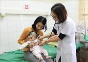 Cấp cứu 6 trẻ bị phản ứng sau tiêm vắc xin ComBE Five