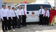 Agribank Bến Tre: Bàn giao xe cứu thương cho Trung tâm Y tế huyện Bình Đại