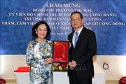Trưởng Ban Dân vận Trung ương Trương Thị Mai thăm Đại sứ quán Việt Nam tại Qatar