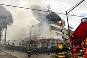 Người biểu tình tấn công đài truyền hình và cơ quan báo chí ở Quito, Ecuador