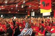 Thủ lĩnh đảng đối lập ởNam Phi tái đắc cử