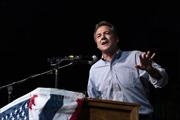 Bầu cử Mỹ 2020: Thống đốc bang Montana rút khỏi cuộc đua trong nội bộ đảng Dân chủ