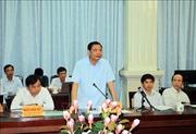 Bộ trưởng Nguyễn Xuân Cường kiểm tra phòng, chống hạn mặn tại Vĩnh Long