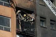 Cháy chung cư, ít nhất 19 người thương vong