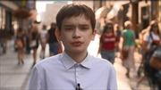 Bi kịch chàng trai 25 tuổi mắc kẹt trong thân hình cậu bé 12 tuổi