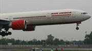 Phi công Ấn Độ hạ cánh máy bay hết nhiên liệu cứu sống 370 hành khách