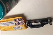 Thiết bị nổ gửi tới CNN có in hình nhái cờ IS?