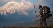 Băng tan để lộ 66 tấn chất thải trên đỉnh núi cao nhất Bắc Mỹ