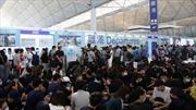 Sân bay Quốc tế Hong Kong (Trung Quốc) lại đóng cửa một phần vì biểu tình