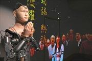 Ngôi đền 400 tuổi dùng robot thay nhà sư giảng kinh Phật