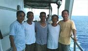 Chuyến tàu nặng tình cá nước - Bài 3: Những ông ngoại ở đảo Sinh Tồn