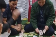 Tham gia đánh bạc, Chủ tịch UBND xã Hương Lâm,Hà Tĩnh bị cách chức
