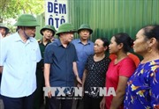 Phó Thủ tướng Trịnh Đình Dũng chỉ đạo khắc phục sạt lở tại Hòa Bình